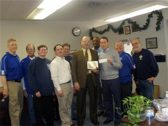 Knights of Columbus raise $1,500 for adolescent group
