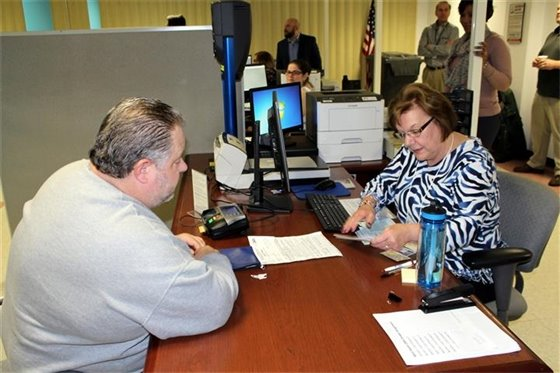 State's first DMV Express opens in West Haven City Hall