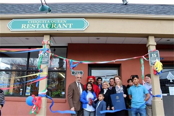 Chiquita Queen opens in royal fashion on Sawmill Rd.