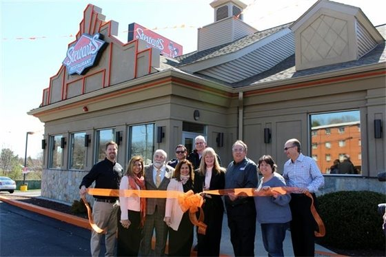 Stewart's opens state's first All American Grill on Sawmill Rd.