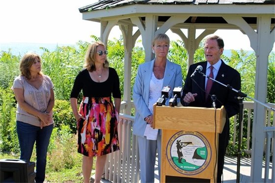 Blumenthal, Rossi discuss federal aid for West Haven coastline
