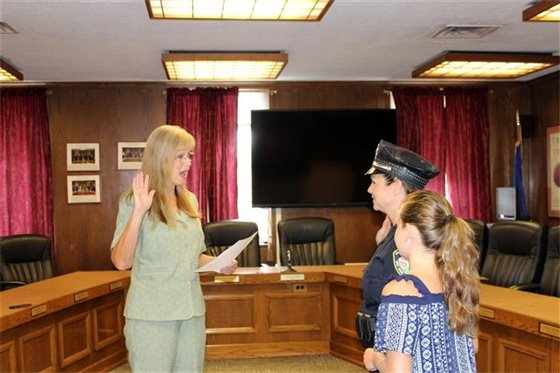 New UNH police officer takes oath of office