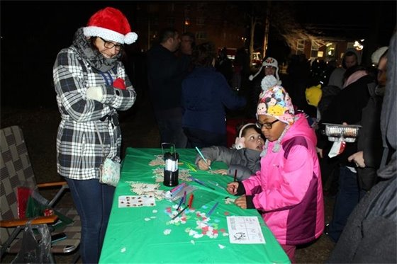 Youngsters decorate ornaments